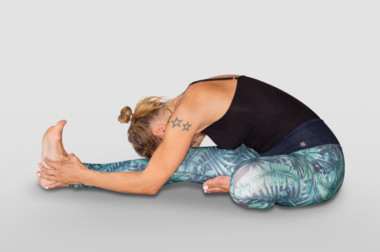janu-sirsanana or head to knee pose